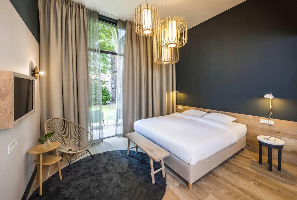 hoteles baratos amsterdam