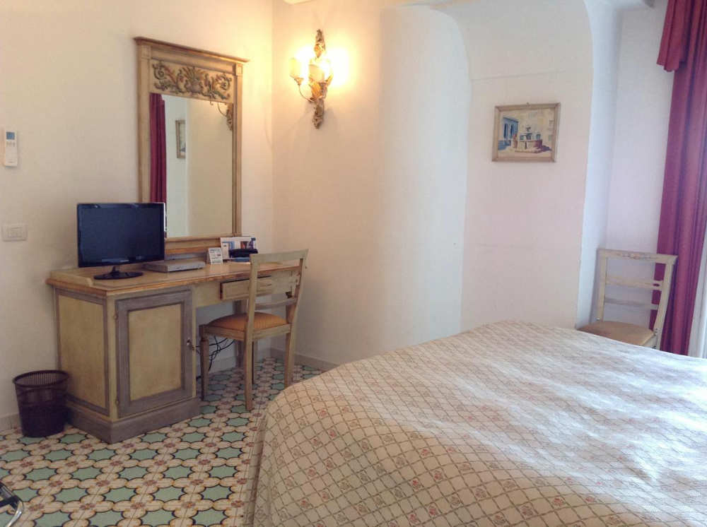 mejores hoteles amalfi
