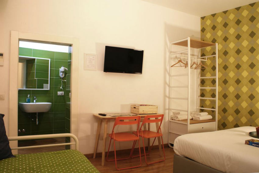 controra guesthouse roma
