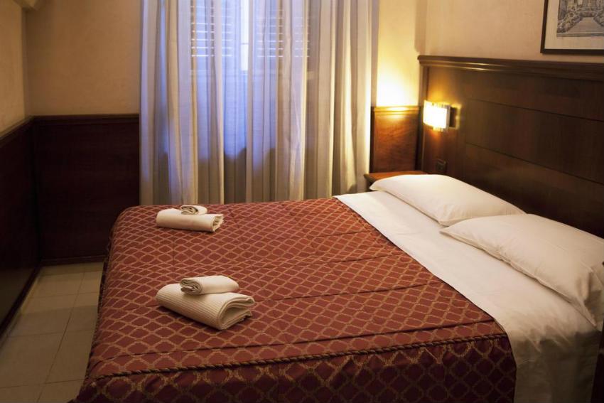 hotel robinson roma