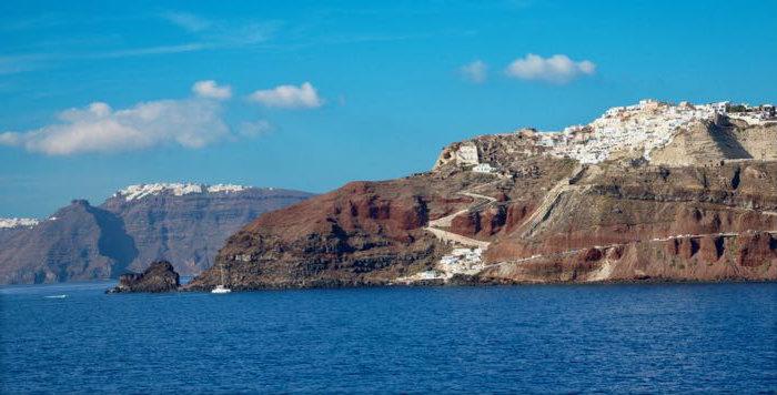 oia-santorini-boat-tour
