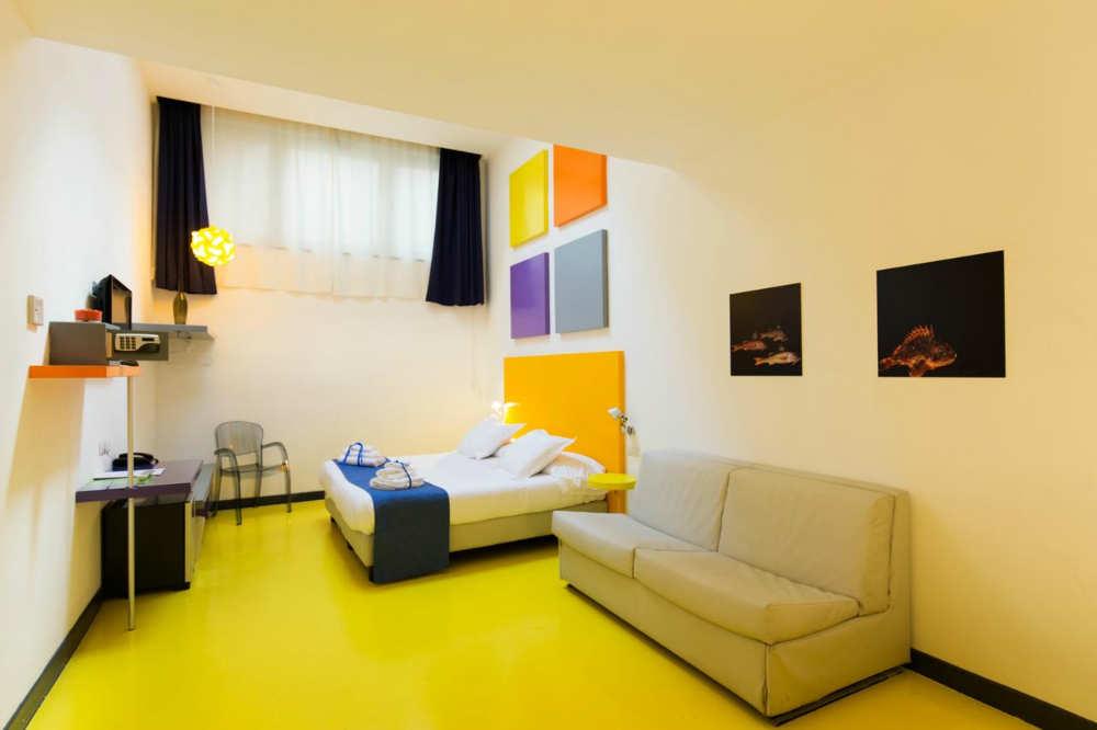 Mejores hoteles baratos en Nápoles