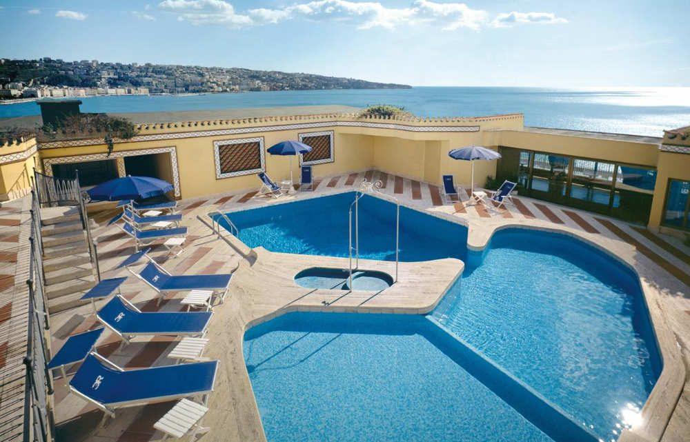 Hoteles Familiares en Nápoles