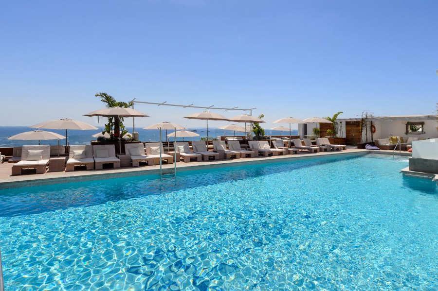 Hotel Cenit & Apts Sol y Viento - hoteles baratos ibiza