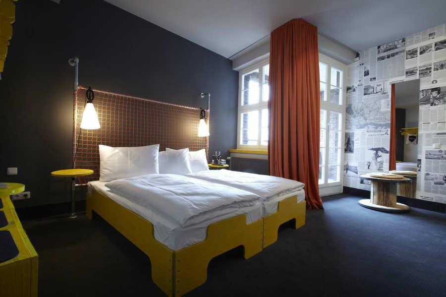 Superbude Hotel Hostel