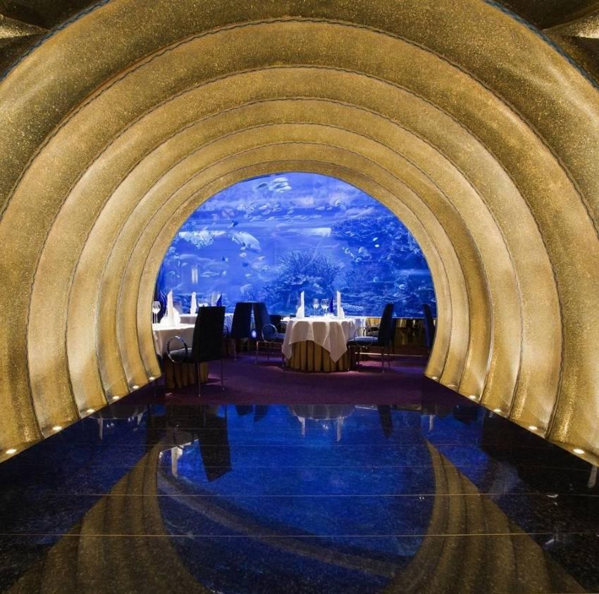 restaurante al mahara del hotel burj al arab